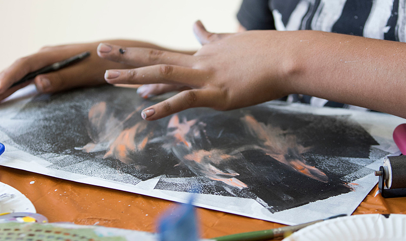 Art Therapy Workshops at the Wayfinders Youth Shelter
